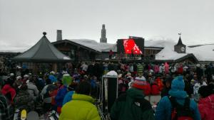 Snow or shine, Folie's almost always packed