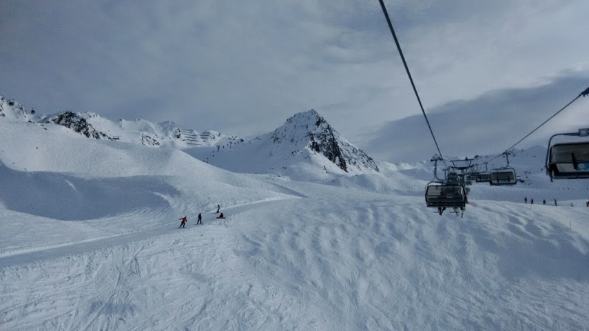 Decent snow cover off-piste in places in Hochgurgl