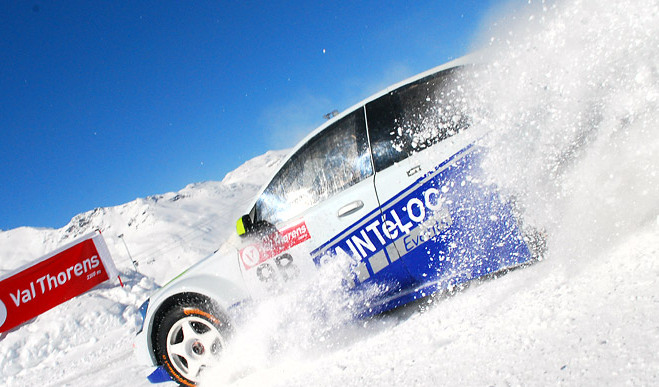 ice-driving-val-thorens