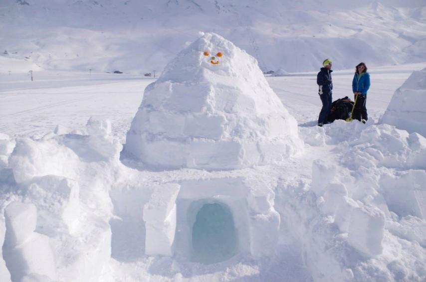The finished igloo
