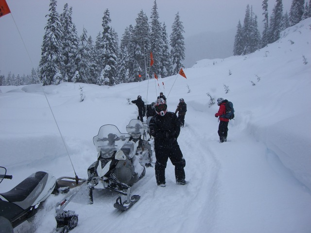 snowmobiling-whistler-2