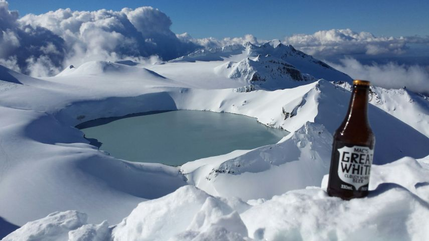 Ski Ruapehu Crater Lake