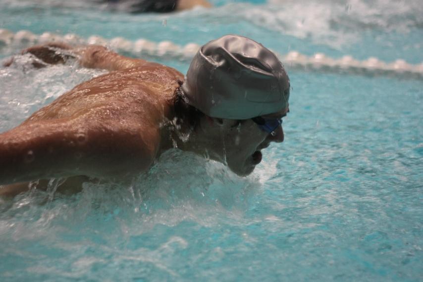 swimming race