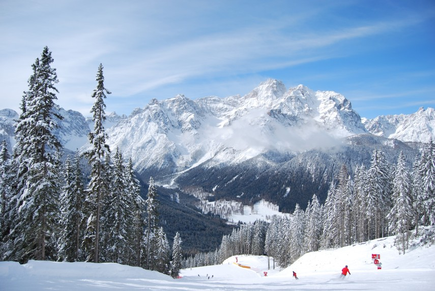skiing-in-the-dolomites
