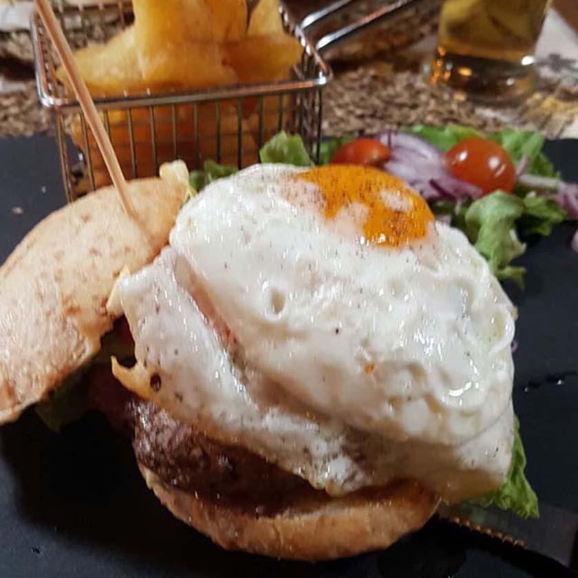 burger-840-x-840